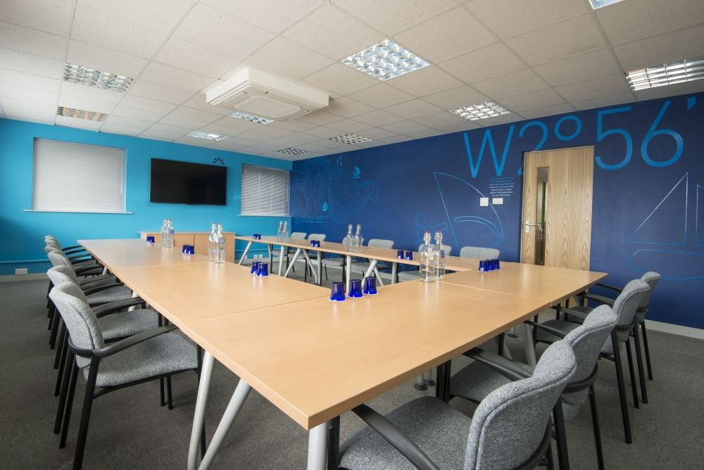 Open Space meeting room 3A (OS3A) perfect for a boardroom meeting for up to 18 guests. Located in malvern, worcester, worcestershire